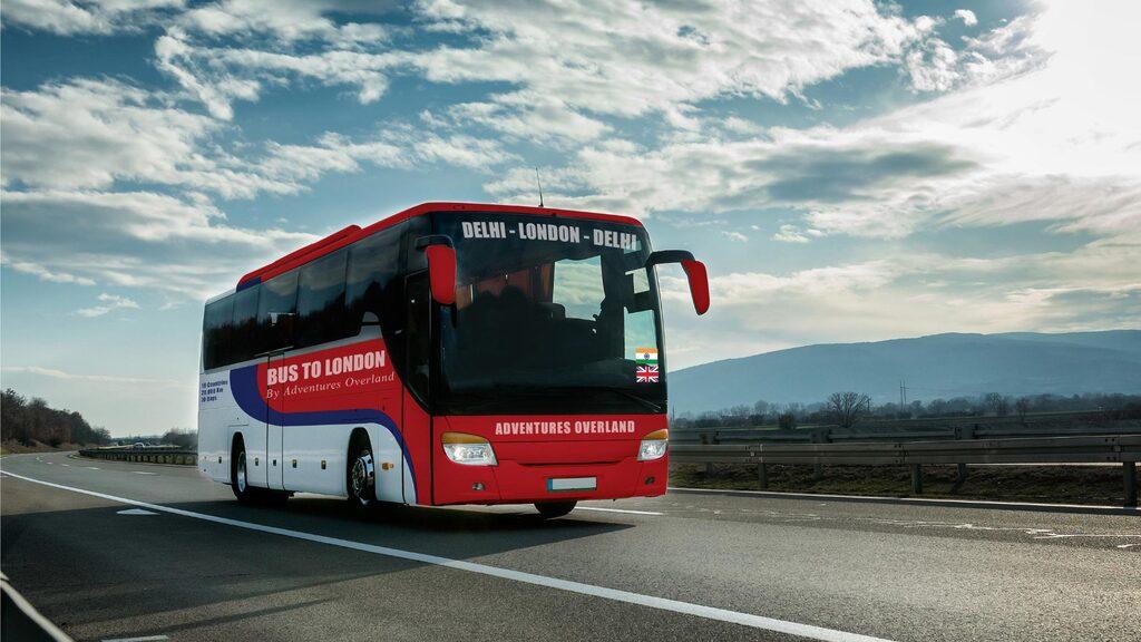 """Adventures Overland beskriver sin affärsidé som """"den längsta bussresan i världen""""."""
