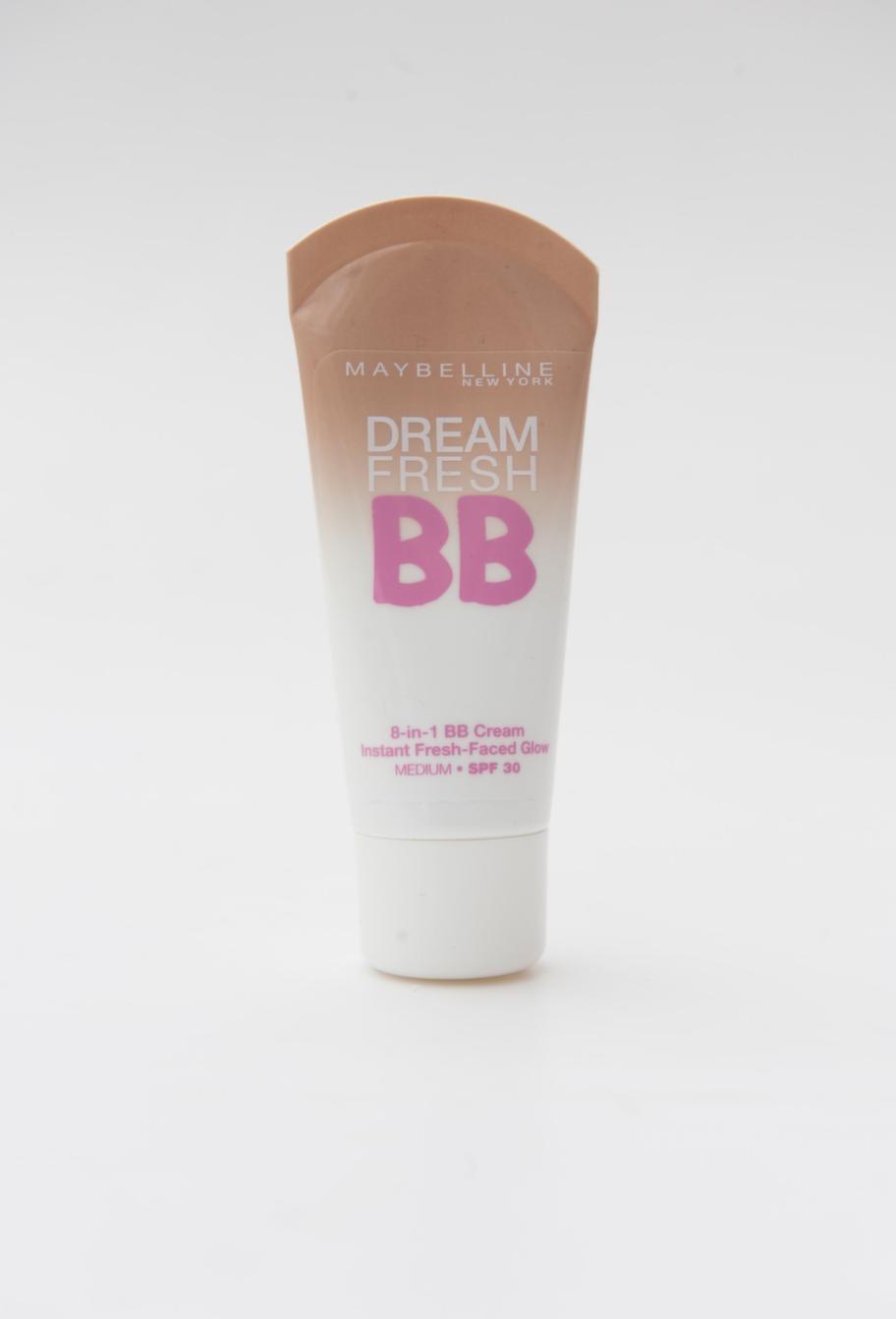 Produkt: Dream Fresh BB-cream - BETYG: 4<br>Pris: 109 kr för 30 ml.<br>Om produkten Lovar mycket! Som att sudda ut ojämnheter, vårda, ljusa upp, lugna, återfukta, diskret täckning, och ge solskydd, SPF 30.<br>Kommentar: Fin färg, lagom täckning, ger bra med fukt. Inget för den med riktigt fet hy. Hög solskyddsfaktor. En mycket prisvärd kräm!<br>