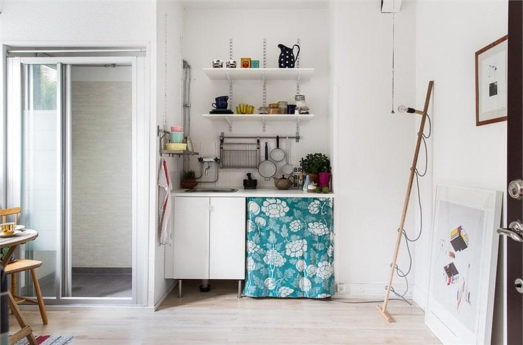 <p>Köket, där du också kan få plats med en liten säng.<br><br></p>