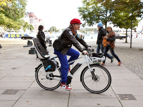 Widerberg på sin elcykel.