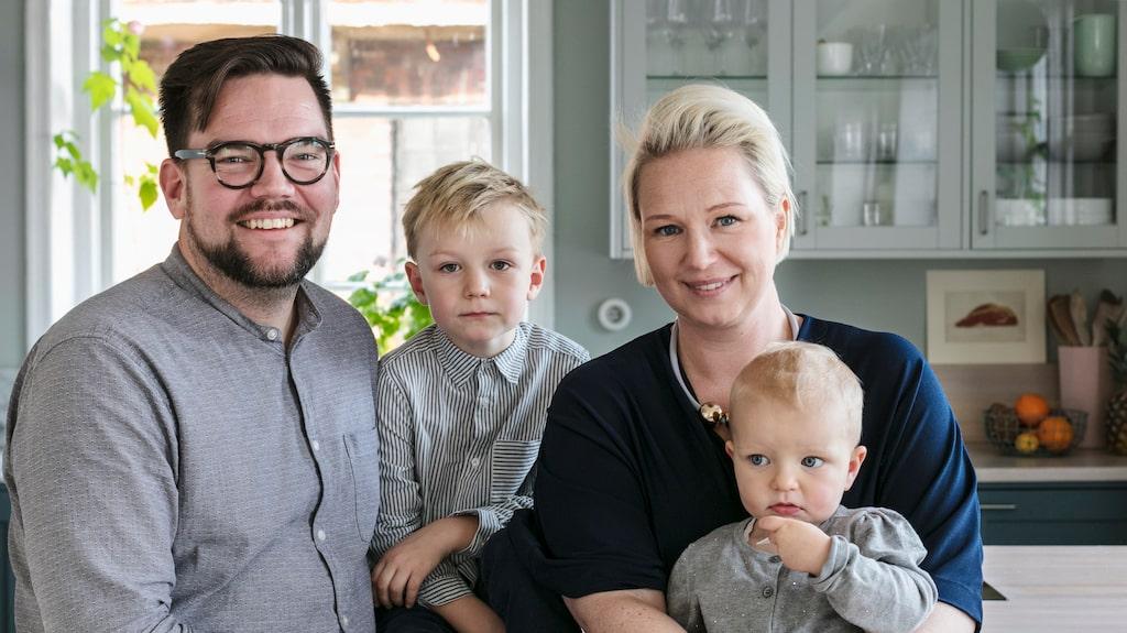 Hela familjen Lekeberg samlad: Hans, Stig, Tina och Kerstin.