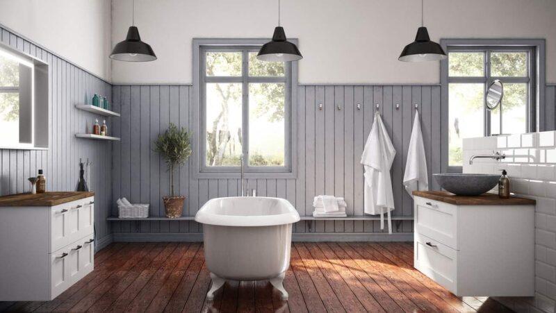 <p>Stort och lyxigt badrum i lantlig stil. Ett bra tips är att anpassa stilen i badrummet efter stilen på huset. Här badrum från Ballingslöv.</p>