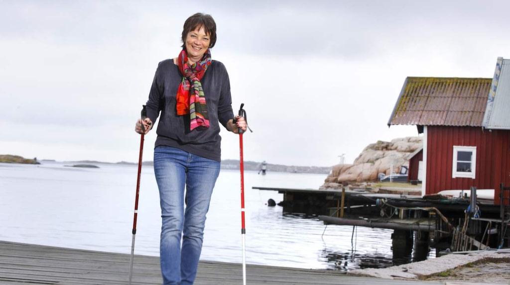 <p>Ann-Sofie Arndt har tack vare behandling med limning blivit av med åderbråcket i högra benet.</p>