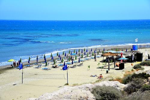 9 procent av svenskarna föredrar Larnaca på Cypern när det kommer till att sola.