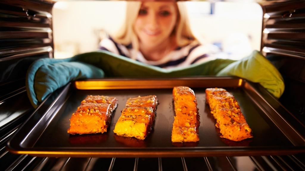 Fisk är ett av livsmedlen som mättar bra per kalori.