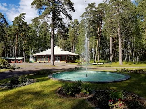 Krokbornsparken är Sveriges äldsta folkpark.