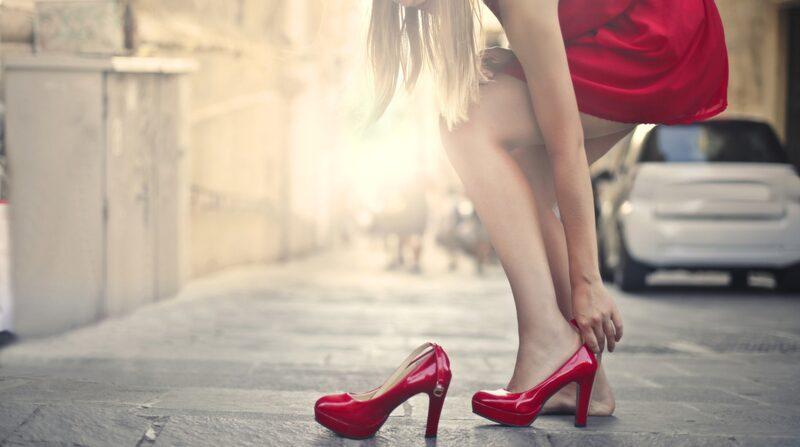Att mjuka upp skorna innan du använder dem för första gången är a och o.
