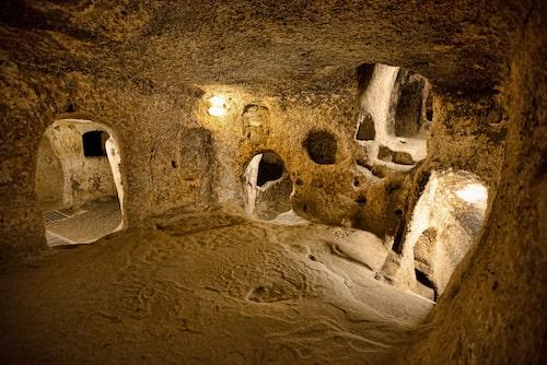 En liten del av den underjordiska staden Derinkuyu i Turkiet.