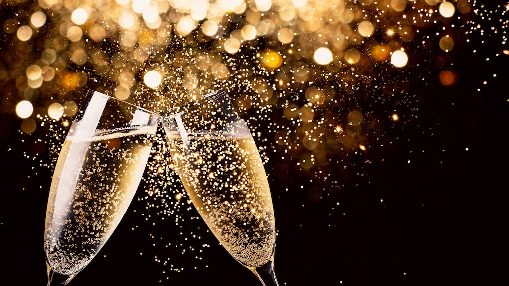 Läsaren ha tips på gott bubbel till nyårsmiddagen som inte får kosta mer än 130 kronor.