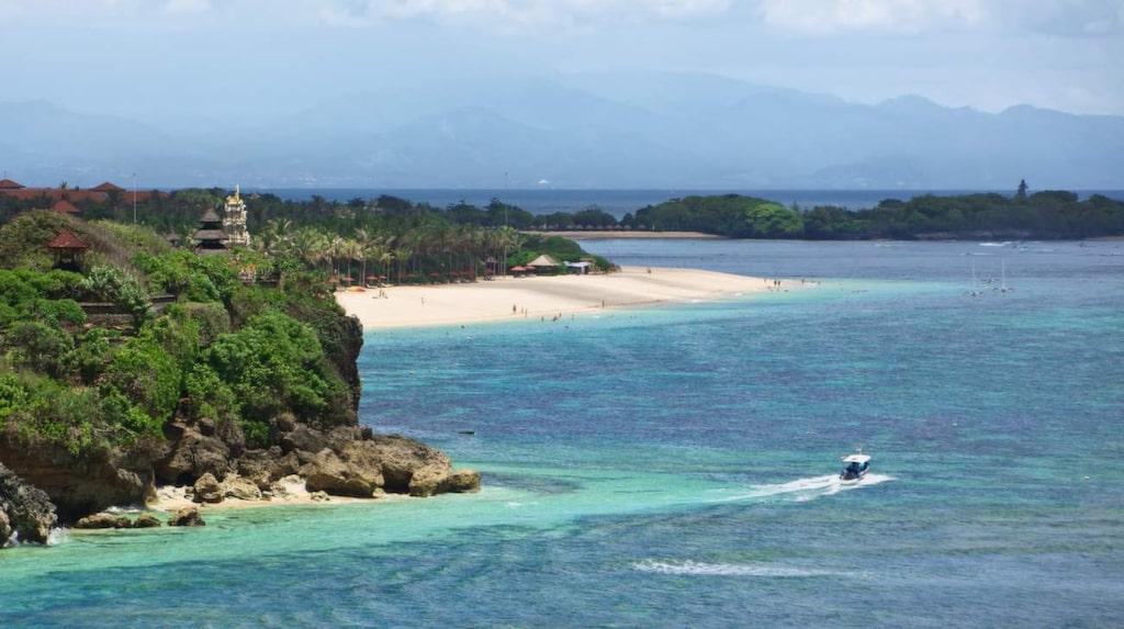 Nya lagar på Bali hotar att ta död på turistlivet.