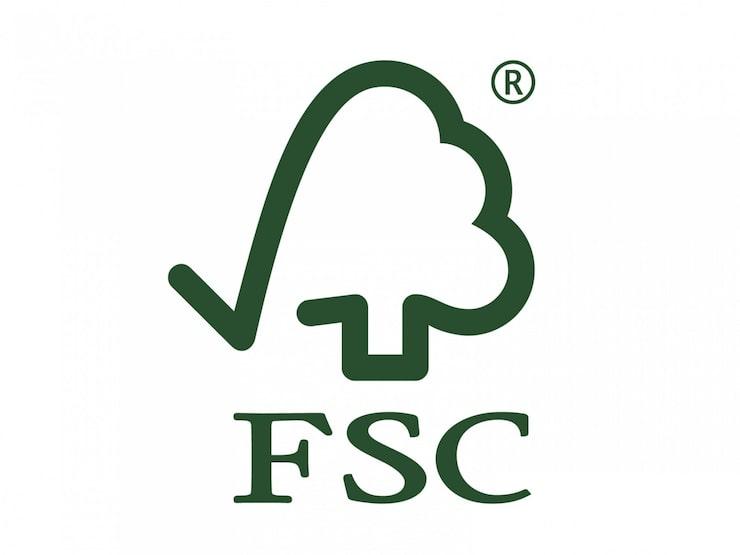 Den skogsägare som vill bli FSC-certifierad ska anpassa skogsbruket till FSC:s regler och kontakta en FSC-godkänd certifierare för kontroll och godkännande.