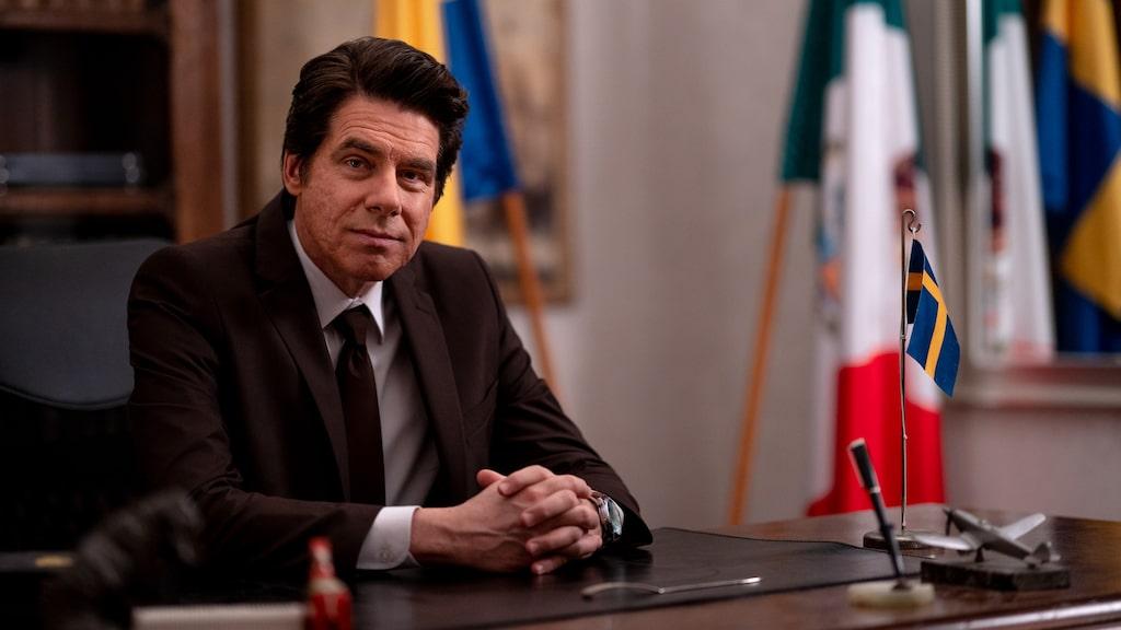 "Just nu syns han i Viaplay-serien ""Ambassadören""."