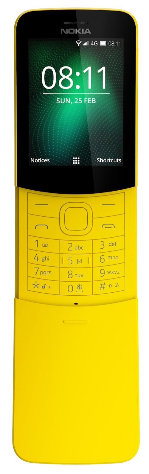 Nokia 8110 (knapptelefon)En remake av den gamla klassikern från 90-talet. Den är inte nödvändigtvis designad för en äldre publik, men telefonen i sig är mycket enkel och lätt att lära sig. Den har också ett oslagbar kultstatus, vilket är extra roligt. Vill man skoja till det lite, ha en enkel telefon som klarar de nödvändigaste funktionerna och samtidigt hålla kostnaderna nere så är detta ett riktigt bra alternativ. Finns i svart och en riktigt snygg gul färg.Cirkapris: 800 kr