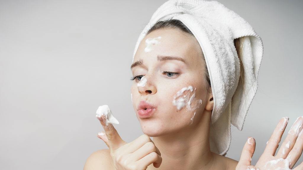 Återfukta huden med ansiktsrengöring!
