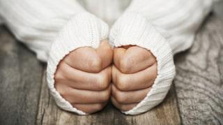 kalla händer sköldkörteln