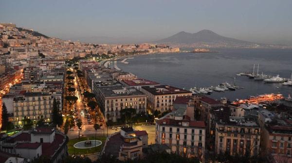 Älska eller hata Italiens tredje största stad Neapel