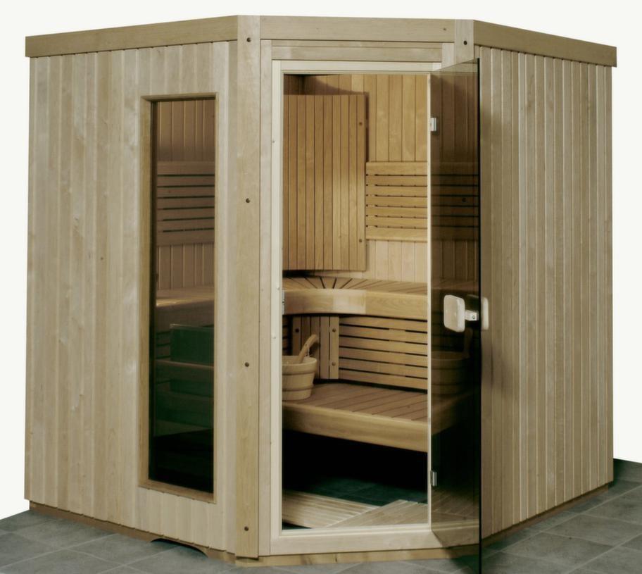 Excellent Basic line<br>Kapacitet: 4 personer. Yttermått: 200x185x185 cm. Aggregat: 6 kW. Dörr: Glasad trädörr eller helglasdörr. Material i vägg: Al, asp eller värmebehandlad asp. Material på lavar/bänkar: Al, asp eller värmebehandlad asp. Lägsta rumshöjd för montage: 1,90 meter.<br>Modellen är tillverkad av paneler från norra Finland. Man kan välja mellan Basic line interiör i nordisk al, asp, eller värmebehandlad asp (som färgats ljusbrun genom värmebehandling). Det finns även tre olika dörralternativ: Pola trädörr med litet fönster, Fore trädörr med stort fönster eller Aura helglasdörr i 8 mm härdat glas. Bastun kan beställas med dörren placerad på någon av hörnen eller tillverkas efter egna specialmått.<br>Cirkapris: 30 000-40 000 kronor (beroende på utrustning)