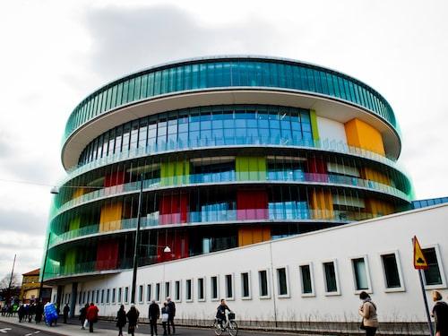 Malmö universitetssjukhus har figurerat i ett antal sjukhusscener. Det är även med i den nya säsongen.