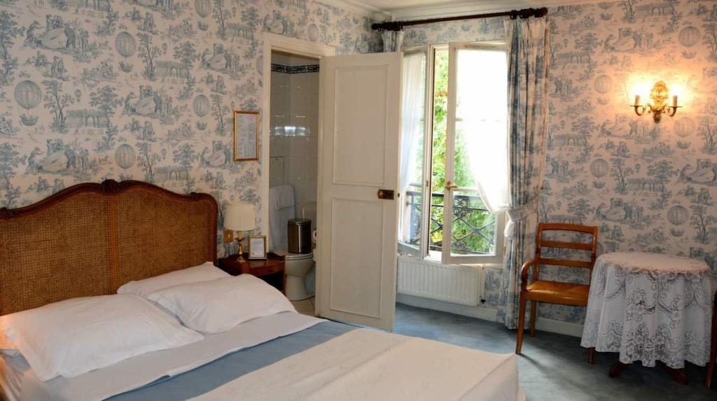 Hotel Des Grandes Ecoles.