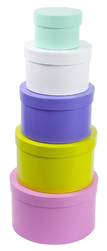 Förvara  prylarna i fina små askar  i olika storlekar och färger, från  10 till 30 kronor,  lagerhaus.se