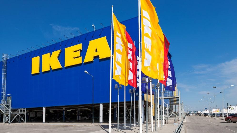 Ikea i Västerås kommer förse butiken med möbler och inredning som har skadats. På ReTuna repereras dem och får chans till nytt liv i ett nytt hem via secondhandbutiken.