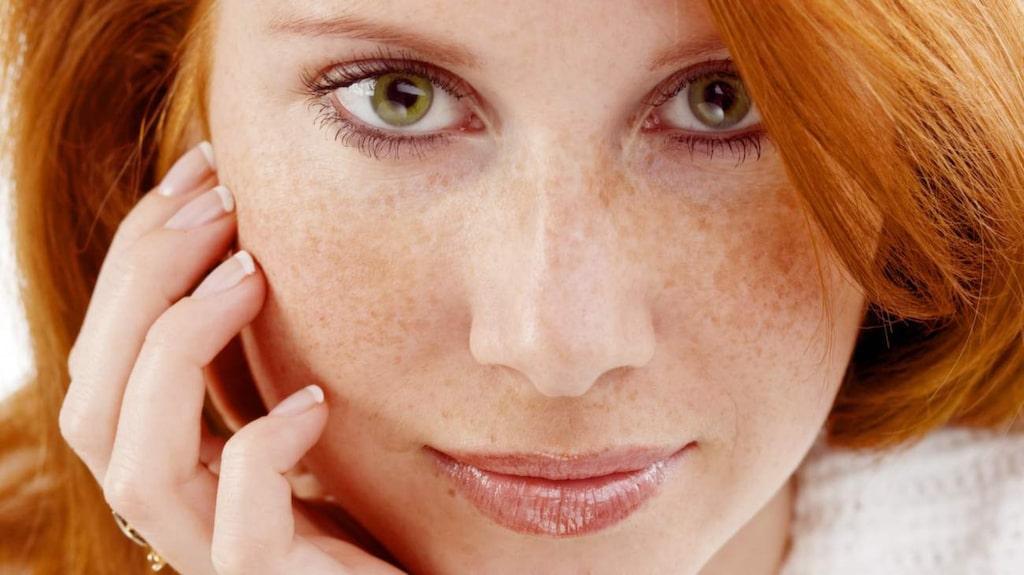 <p>Krämer i all ära, men visst är hudvård som inte kostar något alls att föredra? Här är 5 enkla tips som ger dig fin hy i längden!</p>