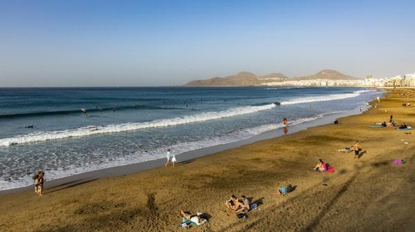 Många anser att Playa de Las Canteras är en av världens bästa stadsstränder