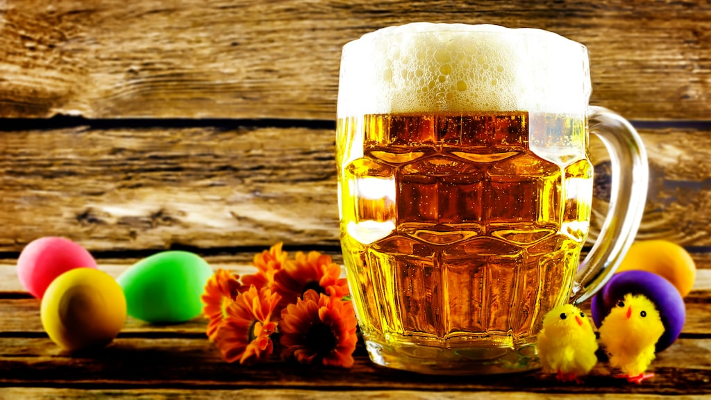 Petur Olafsson och Fredrik Berggren från GBG Beer Week har gått igenom sortimentet av öl på Systembolaget och plockat ut de 15 bästa till påsken.