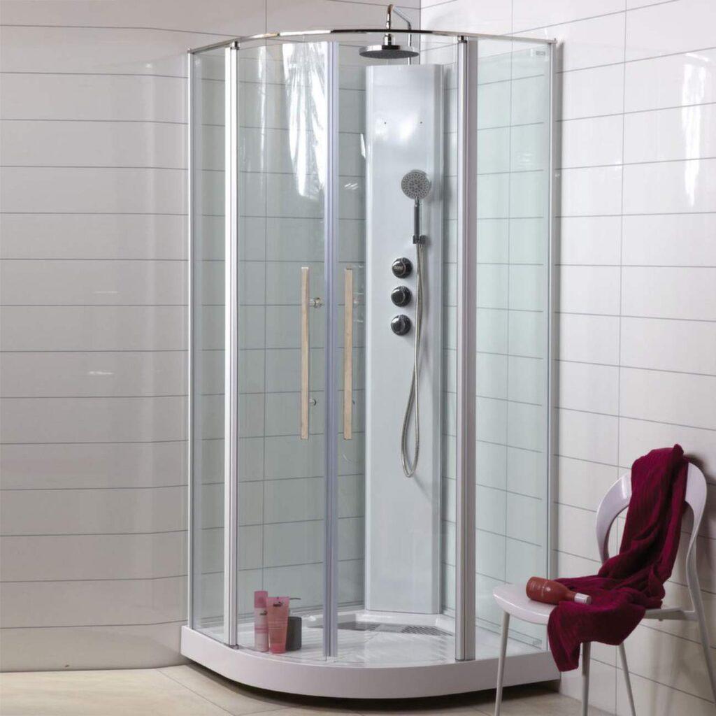 Duschkabiner finns i en mängd olika modeller – allt från enkla duschkabiner för en dryg tusenlapp upp till rena duschfarkoster för närmare 30 000 kronor med bland annat ångfunktioner och massagefunktioner.