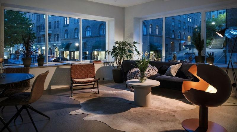 Den nybyggda 1,5-rummaren som nu är till salu ligger vid Kungsgatans början mitt i Göteborg.