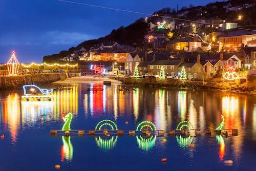 Cornwall lyser upp under julen.