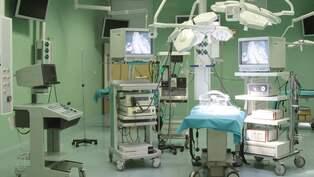 Lakare varnas efter operation