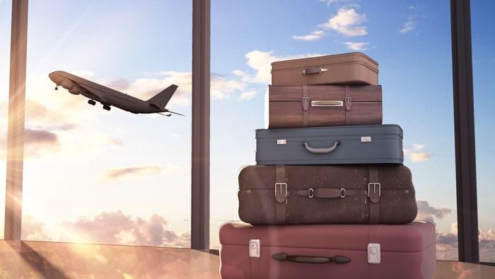 Om bagaget är försenat på utresan har man rätt till ersättning för nödvändiga och skäliga utgifter, för exempelvis kläder.