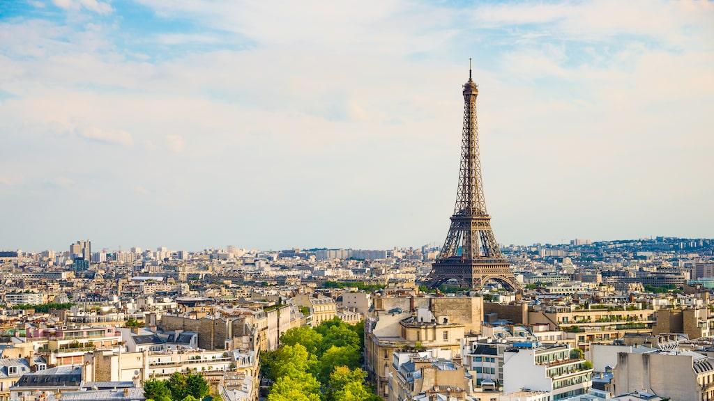 Europas storstäder är kära sommarresmål, inte minst Paris som går om såväl Barcelona som London i popularitet.