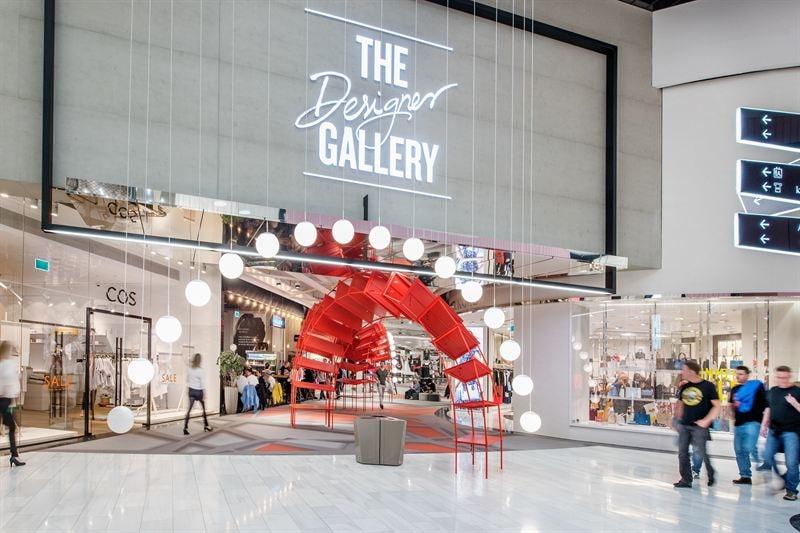 The Designer Gallery är en plats där mode och livsstil förenas med konst och musik.