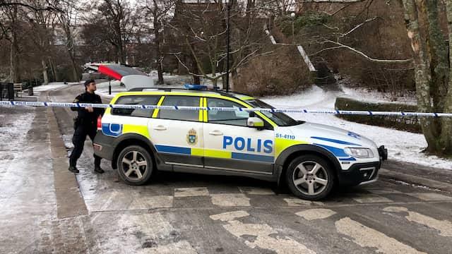 Misstankt farligt foremal hittat polisen sparrade av kyrkogard