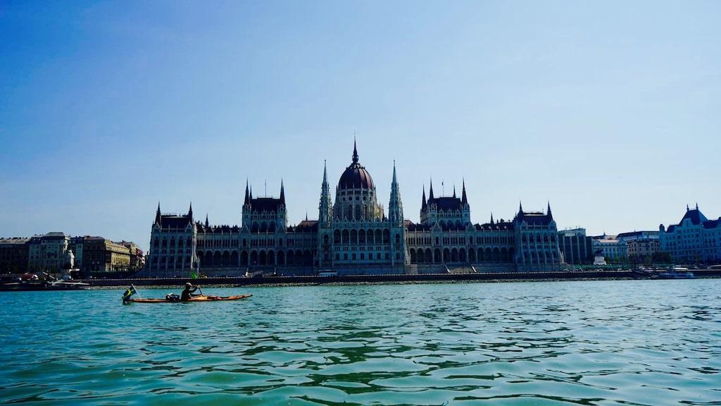 Marcus under sin kajakresa till Svarta havet, här i Budapest.