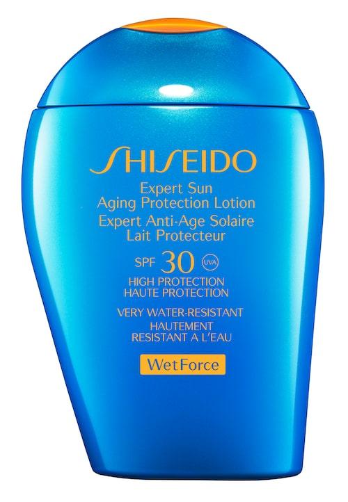1. Expert sun protection lotion, Wet force Spf-50 - Shiseido.