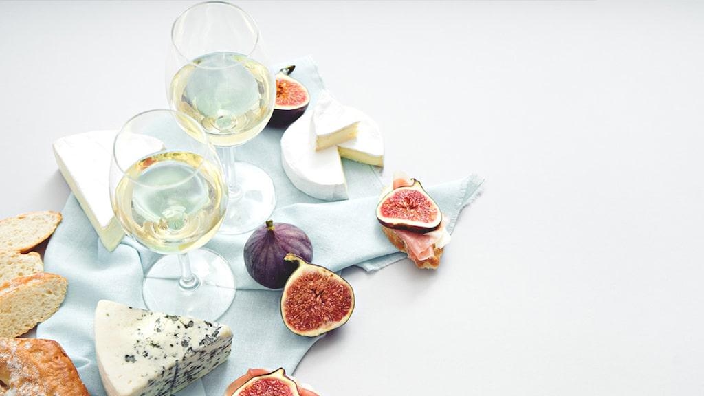 Tänk på syran och sötman när du kombinerar vin och mat.