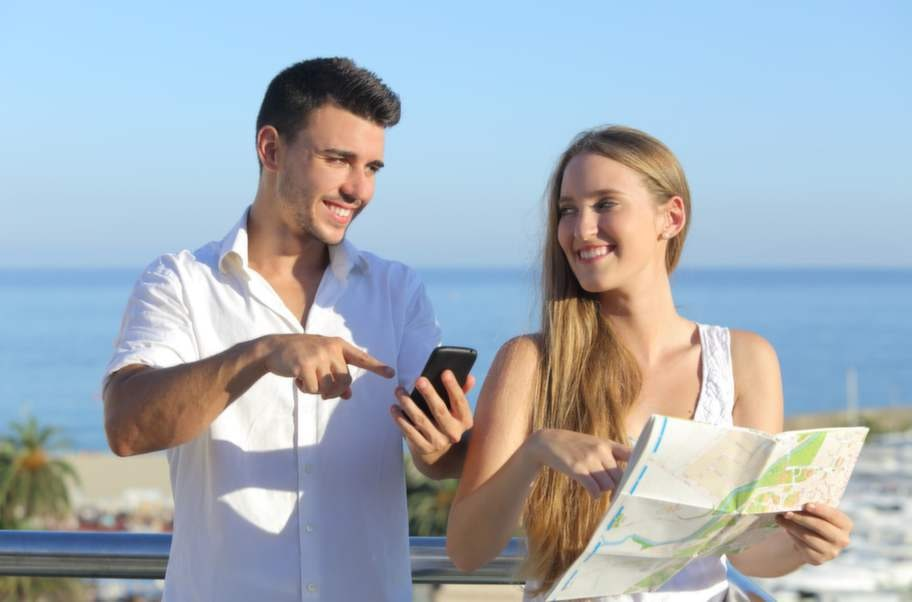 Smarta appar för smarta telefoner gör semestern lättare.