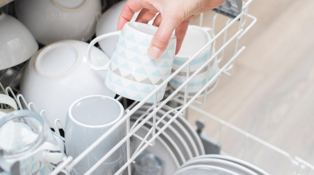 Om ni brukar tjafsa om hur disken ska stå i diskmaskinen – sluta med det. Nu har experterna sagt sitt.