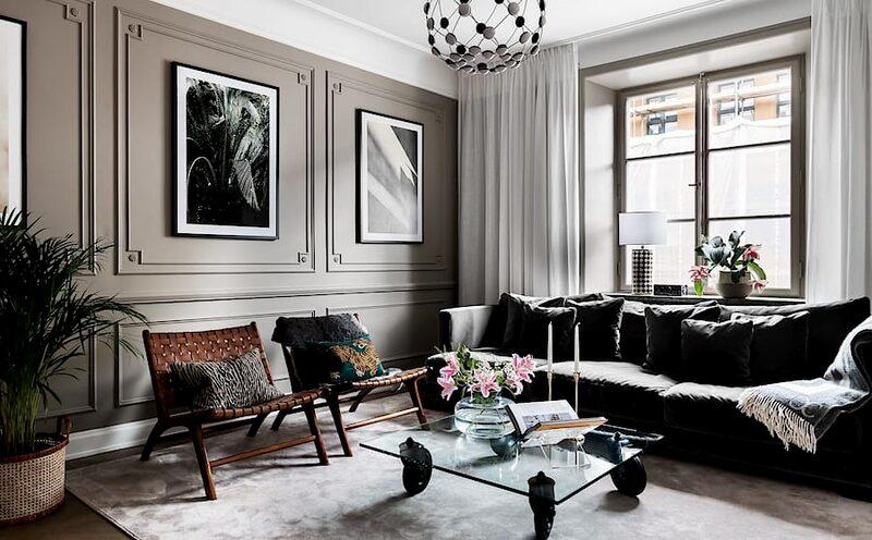 """""""Det är en fantastisk lägenhet på så sätt att den har enormt mycket fina detaljer"""", säger mäklaren Joakim Andersson som även lyfter fram förvarningsmöjligheterna som positiva inslag som sticker ut."""
