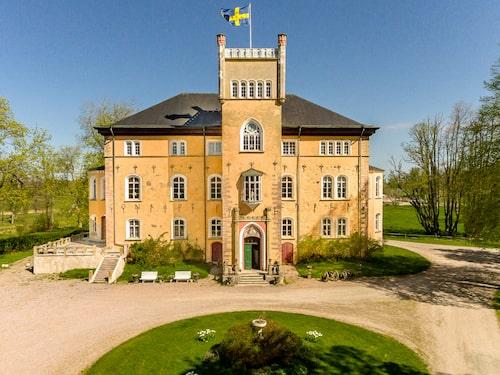 Det sagolikt vackra Börstorp Slott stod klart 1646.