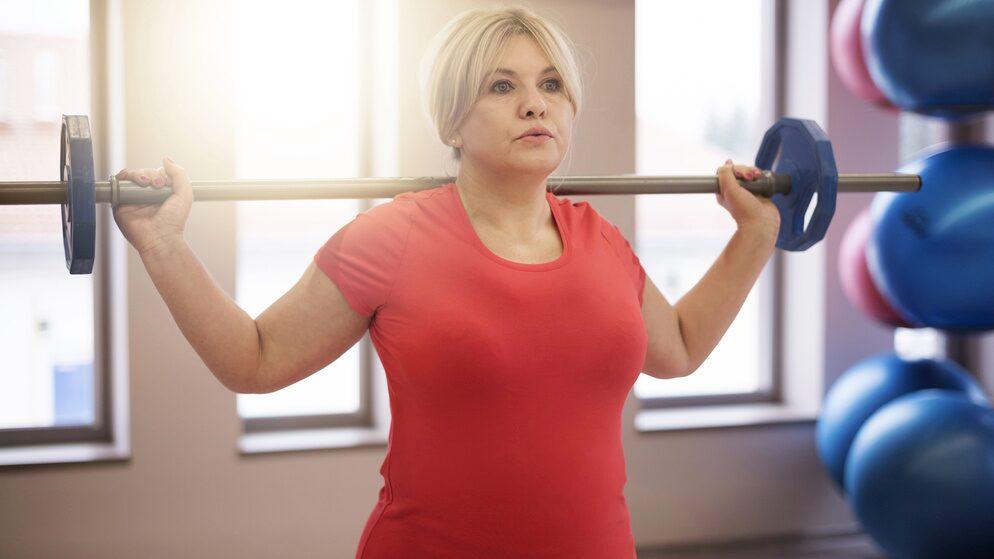 Styrketräning hjälper mot en åldrande hjärna.