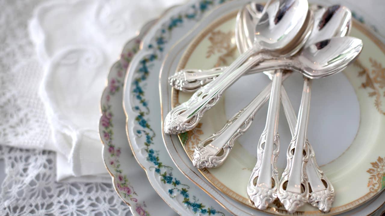 putsa silver med aluminiumfolie bikarbonat