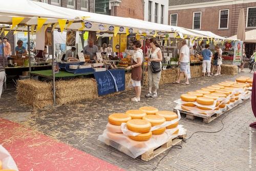 Woerdens ostmarknad är en turistattraktion.