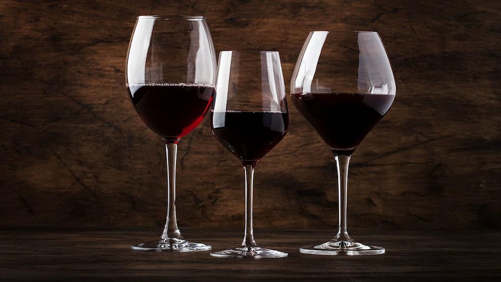 Nya årgångar av röda viner lanserades nyligen på Systembolaget. Andreas Grube tipsar om tre favoriter under 150 kronor.