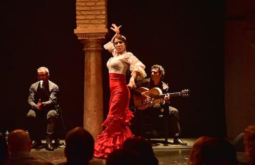 Flamenco – en del av Sevillas själ. Här på utmärkta scenen Museo del Baile Flamenco.