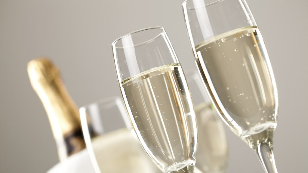 Crémant är ett prisvärt alternativ till champagne enligt experten,