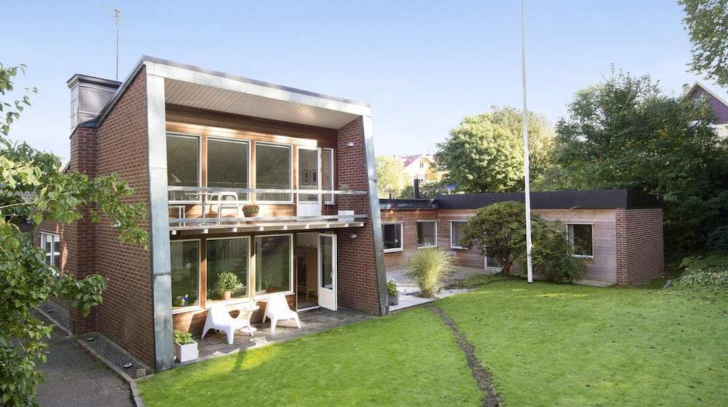 <p>P Tygesen heter arkitekten som har ritat den här enplansvillan från 1960.</p>